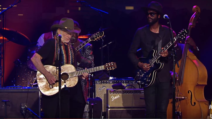 See Willie Nelson, Gary Clark Jr.'s 'Night Life' Tribute to B.B. King From 'ACL'