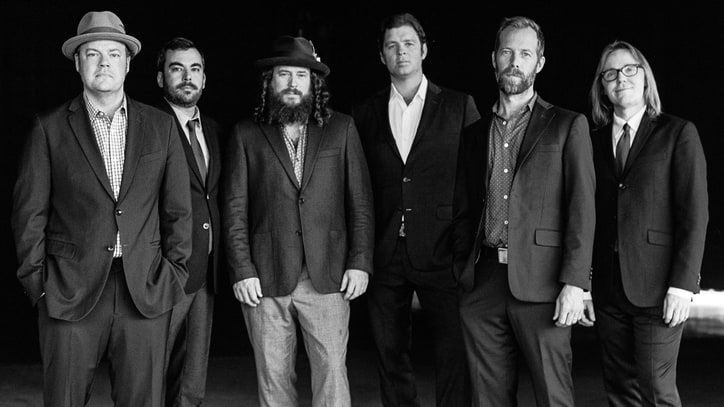 Hear Steep Canyon Rangers' Plaintive New Song 'Going Midwest'