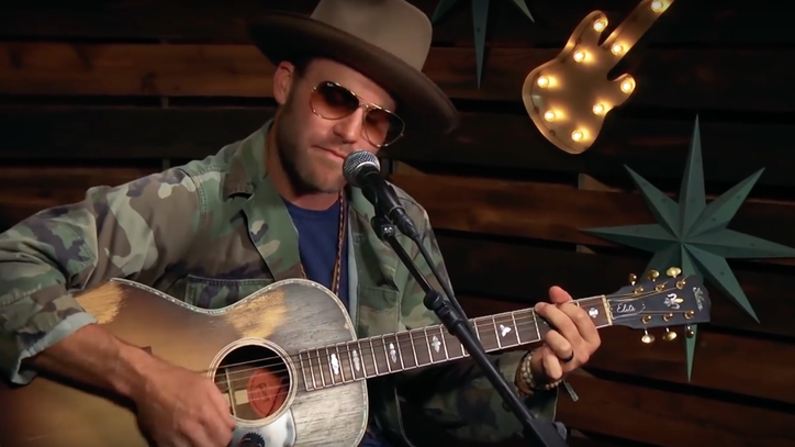 See Drake White's Stirring Waylon Jennings Cover 'Good Hearted Woman'