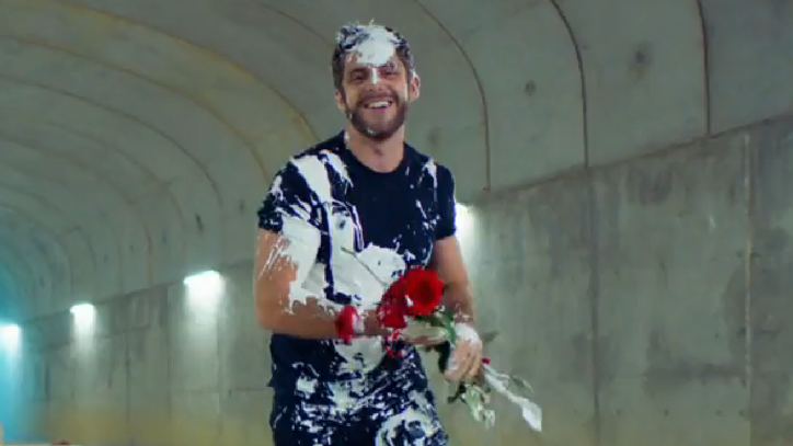 See Thomas Rhett's Mannequin Challenge Video for 'Star of the Show'