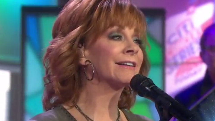 See Reba McEntire's Impassioned 'Back to God' on 'Today'
