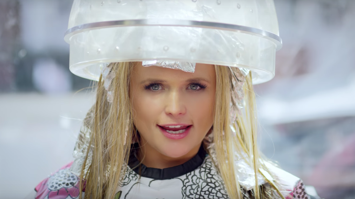 See Miranda Lambert's Fabulous Makeover in 'We Should Be Friends' Video