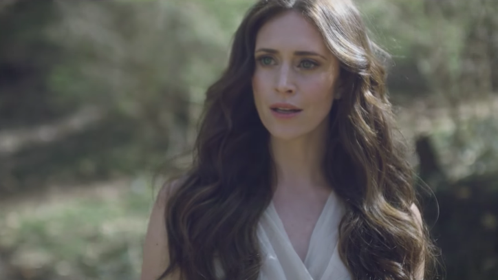 Watch Kelleigh Bannen's Bleak 'Church Clothes' Video