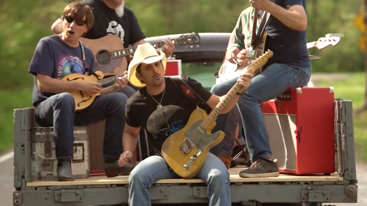 See Brad Paisley Nod to Georgia Satellites in 'Heaven South' Video
