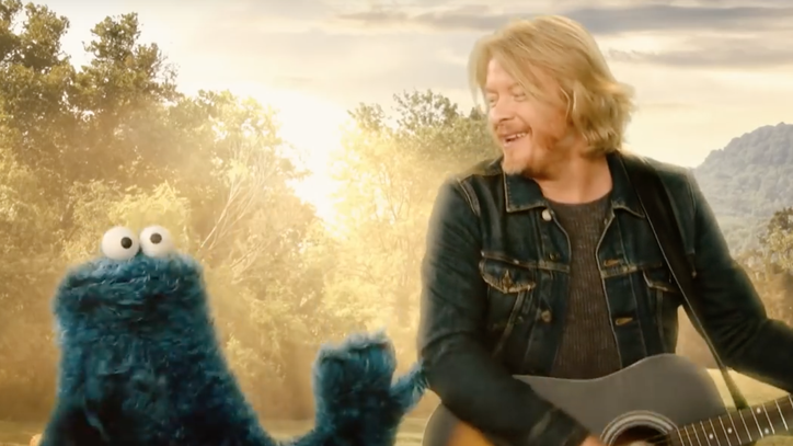 See Little Big Town's Surreal 'Sesame Street' Performance