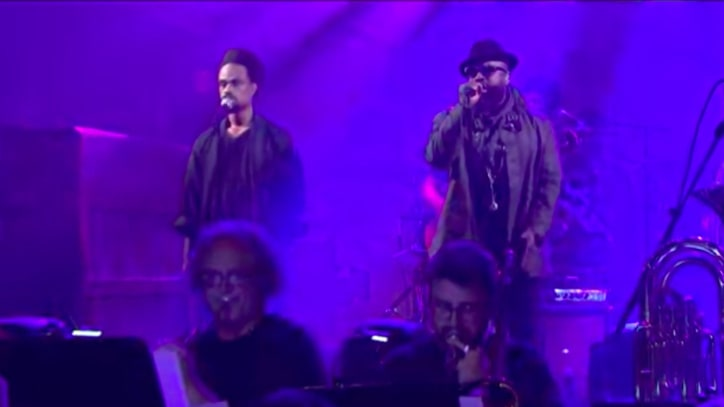 See the Roots, Bilal Perform 'Detroit' Song 'It Ain't Fair' on 'Fallon'