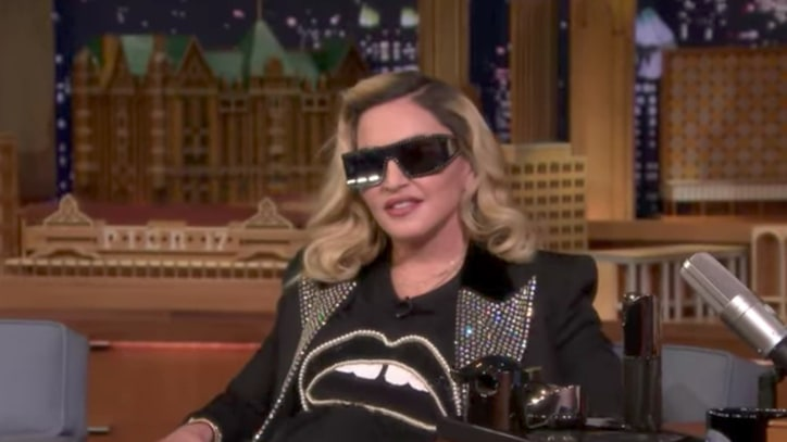 Watch Madonna Give Jimmy Fallon Mud Mask, Talk Obama Meeting