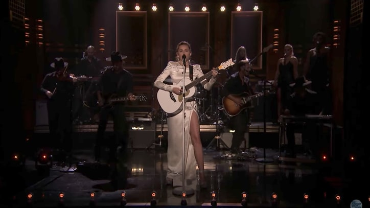 Watch Miley Cyrus Perform Soulful 'Week Without You' on 'Fallon'