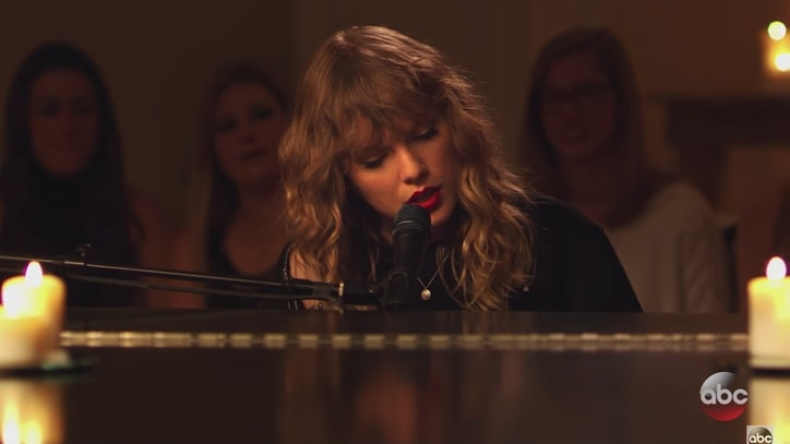 Watch Taylor Swift's Intimate, Living Room Rendition of 'New Year's Day'