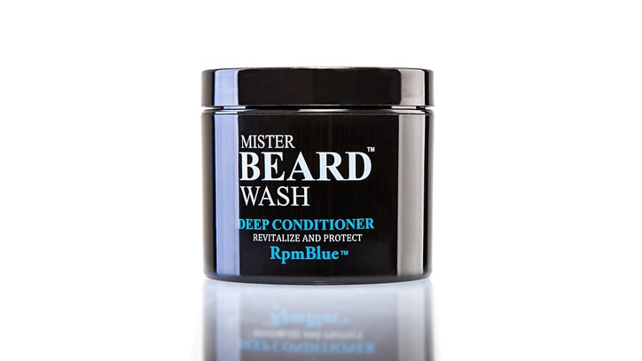 How to Treat Beard Dandruff