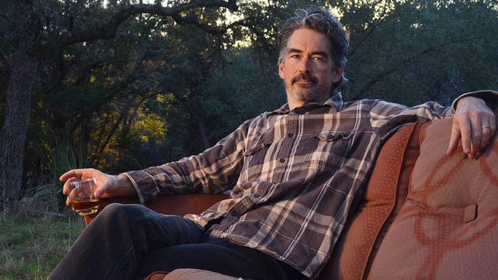 Hear Americana Underdog Slaid Cleaves' Sharp New 'Drunken Barber's Hand'