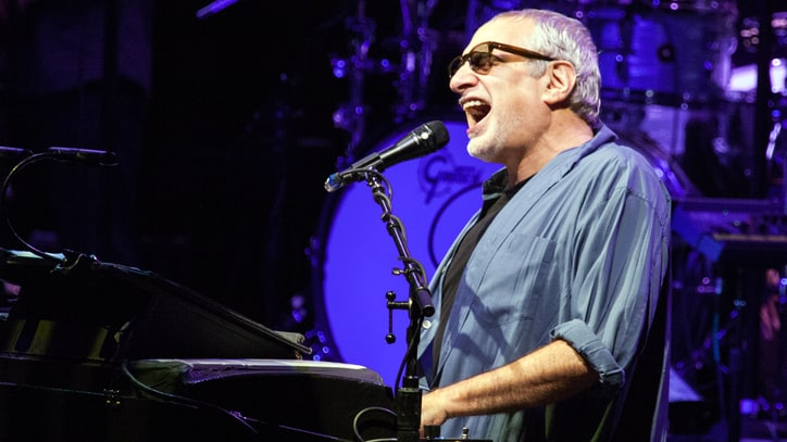 See Steely Dan Honor Walter Becker With Tender 'Book of Liars' Cover