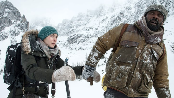 'The Mountain Between Us' Review: Survivalist Romance Is Less Disaster Movie, More Disaster