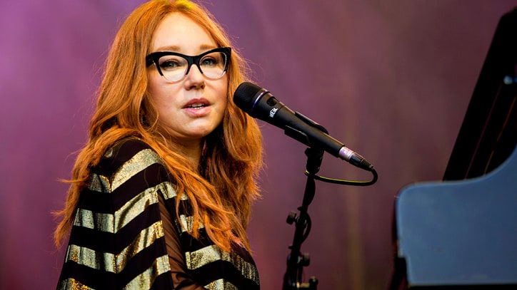 Hear Tori Amos' Haunting New Song 'Reindeer King'