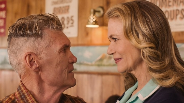 'Twin Peaks' Recap: Log Out
