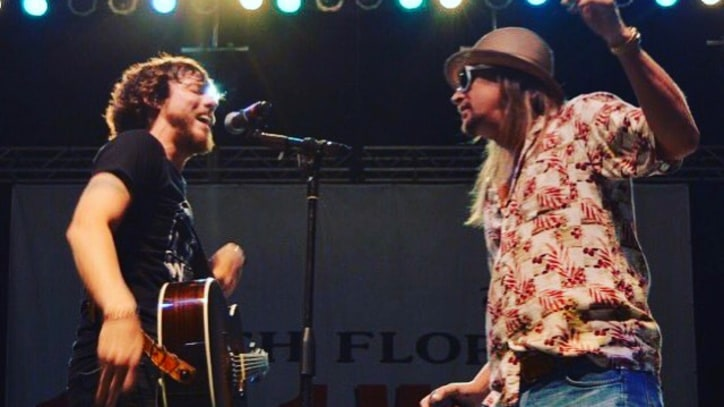 See Kid Rock, Chris Janson Mash Up 'Cowboy,' 'Buy Me a Boat'