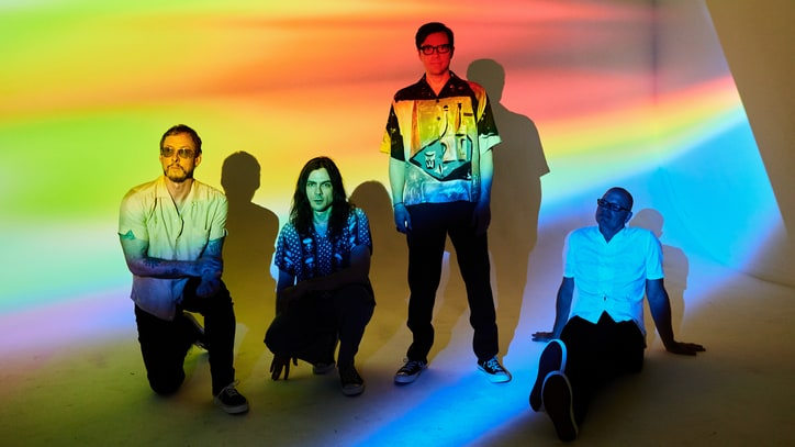 Review: Weezer Plays More Songs About Nerd Stuff and Rock Bands
