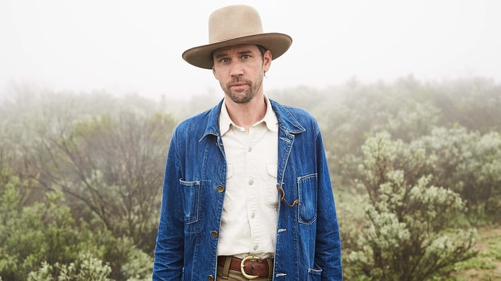 Hear Modern Folksinger Willie Watson's Rousing 'Samson and Delilah'