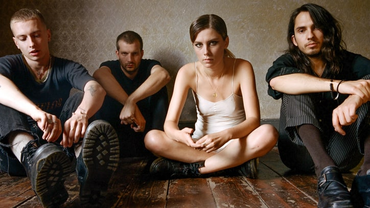 Review: Wolf Alice Deliver Noise-Rock Seduction on Second LP