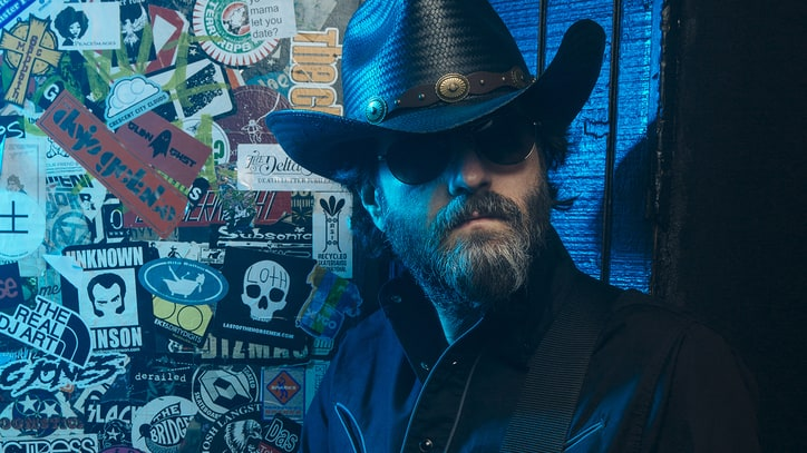 See Outrageous Outlaw Wheeler Walker Jr.'s New NSFW Video