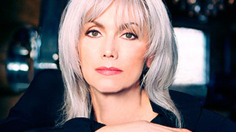female country singers - Emmylou Harris
