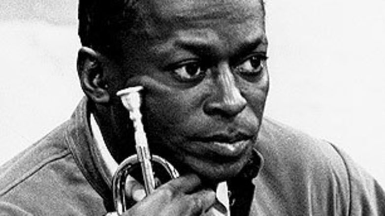 the life and music of miles davis So what: the life of miles davis paperback – january 9, 2004  where venues like birdland were built just for the bands, both large and small who played pure music miles davis was a.