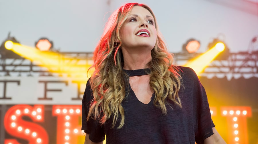 See Carly Pearce Explain Surprise Hit Ballad 'Every Little Thing'
