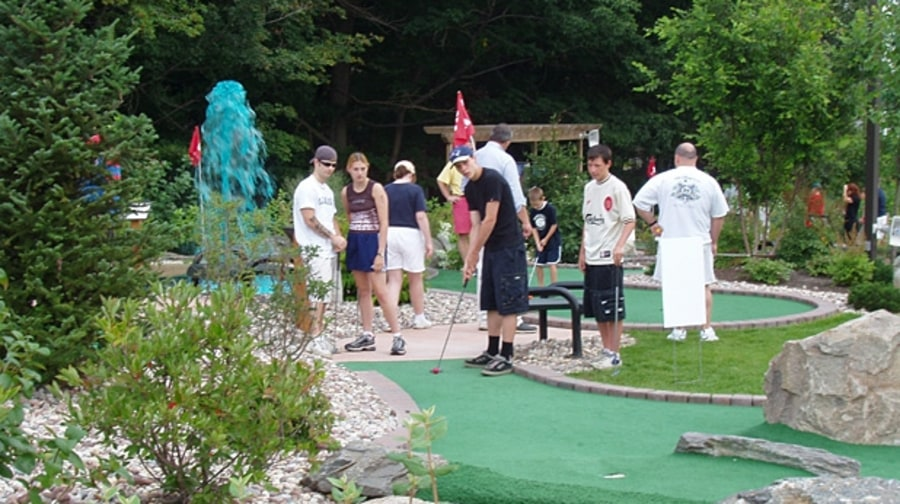 Mulligan's Miniature Golf, Massachusetts