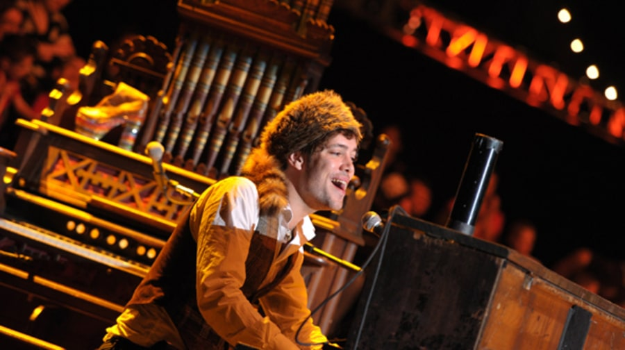 Ben Lovett of Mumford & Sons Plays Neil Young's Piano and Harmonium