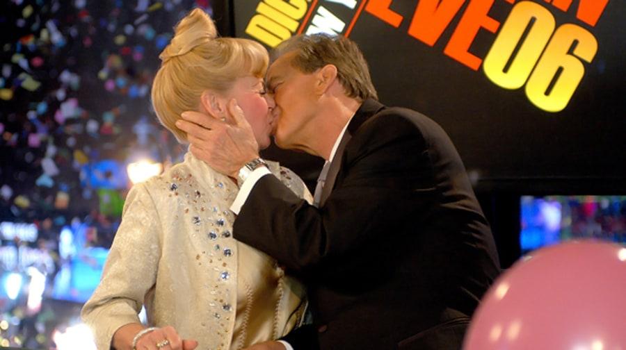 Dick Clark Kiss 32