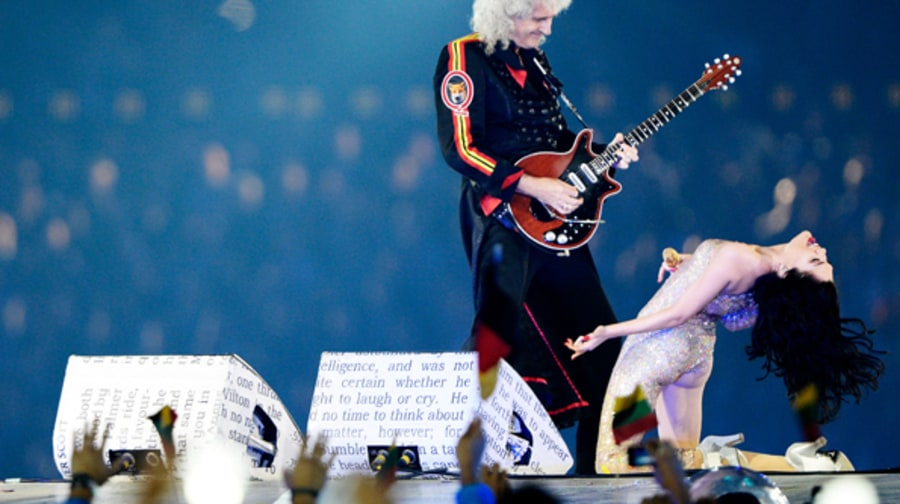 Brian May of Queen Performs With Jessie J