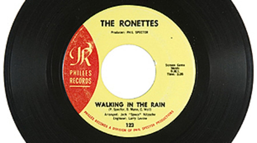 The Ronettes, 'Walking in the Rain'