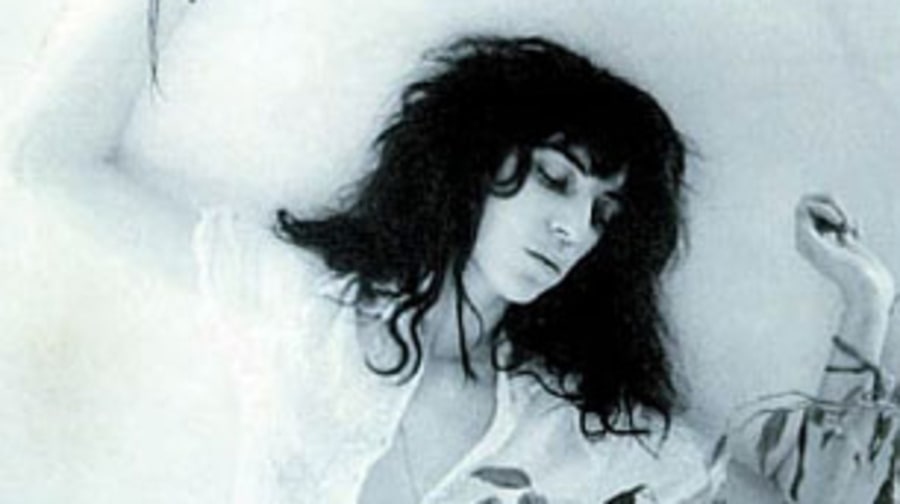Patti Smith Group, 'Dancing Barefoot'