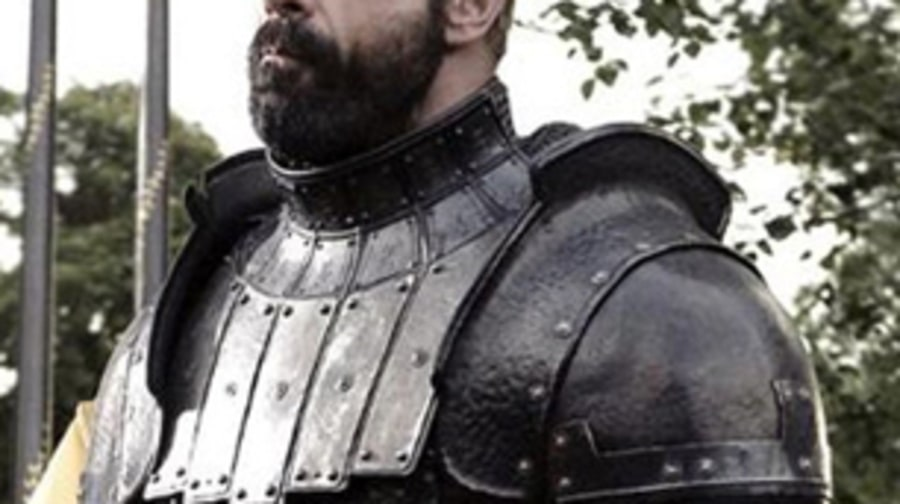Ser Gregor Clegane and Mirri Maz Duur kill horses (Episode 5,