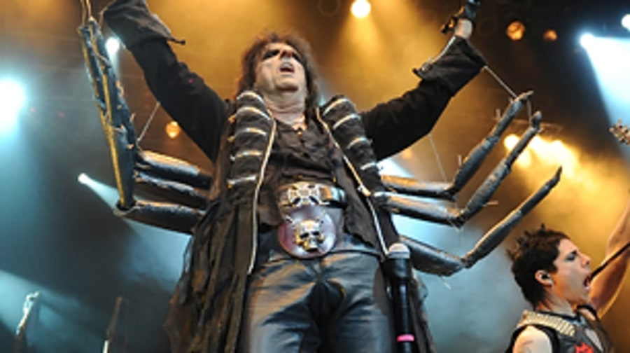 Alice Cooper (That Tent: Saturday, midnight)