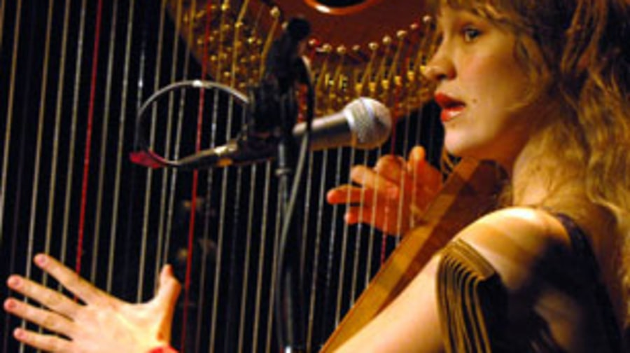 2004 Joanna Newsom reinvents the harp solo
