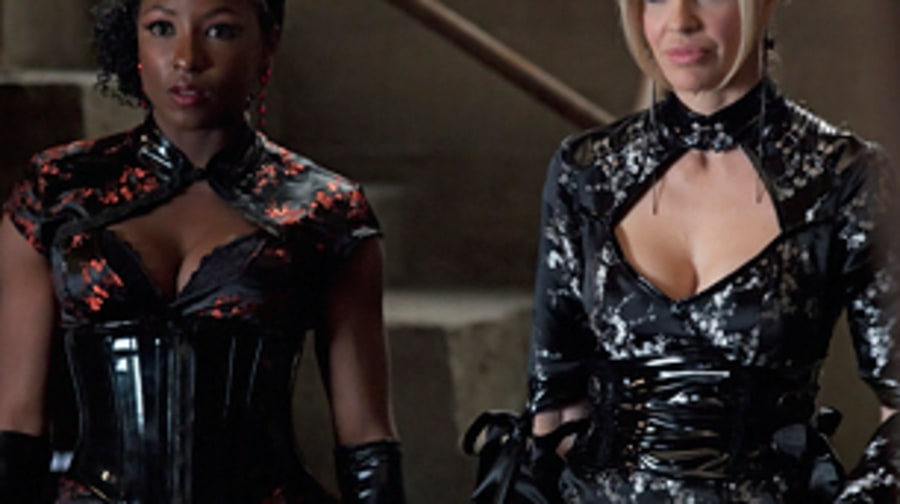 'True Blood': Tara and Pam (Season 5, Episode 12)