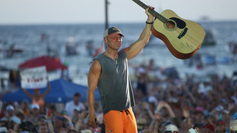Kenny Chesney's Flora-Bama-Jama: See Photos From His Only Concert of 2014