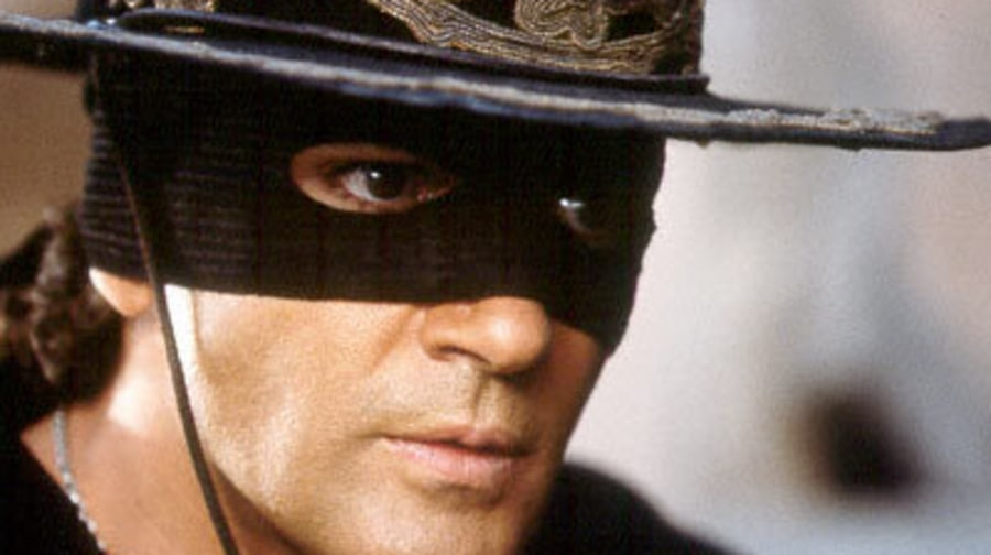Stills From the Movie The Mask of Zorro