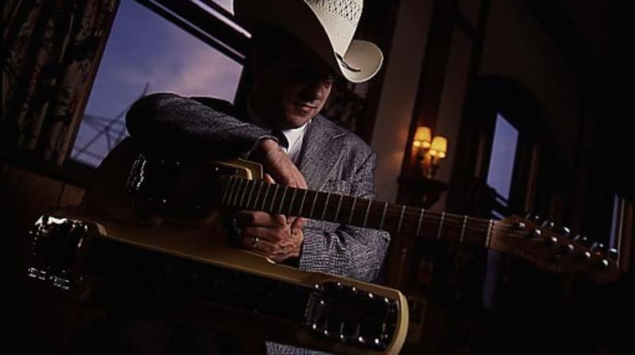 Junior Brown Photos