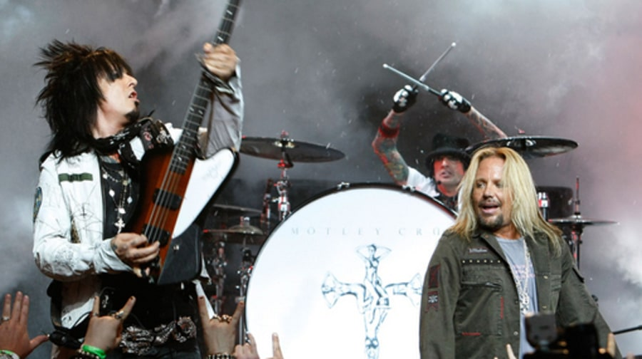 Mötley Crüe Announce New Album and Crüe Fest