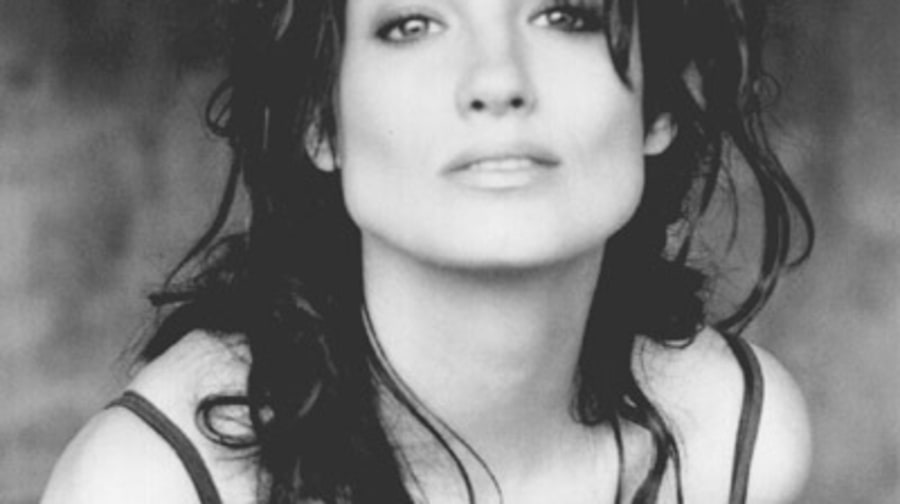Meredith Brooks Photos