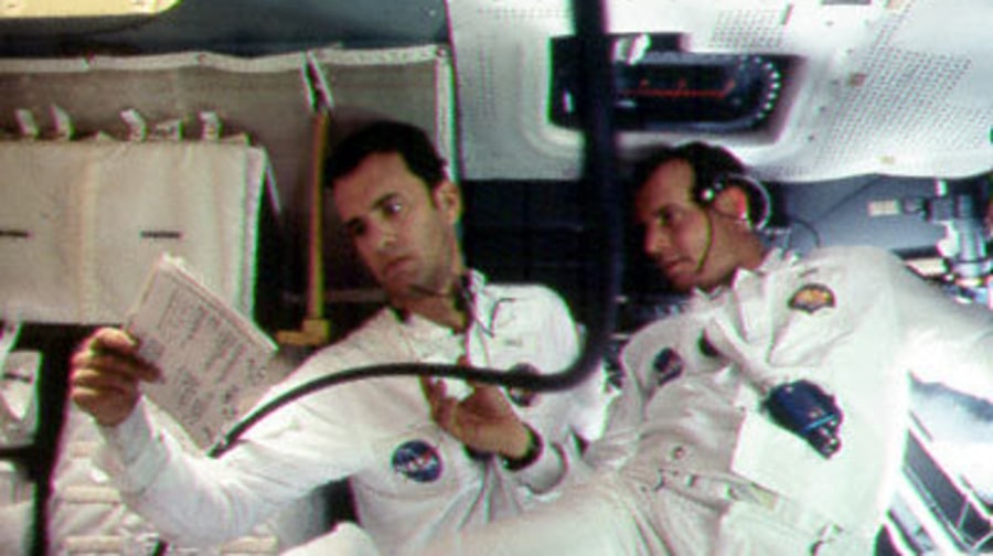Stills From the Movie Apollo 13