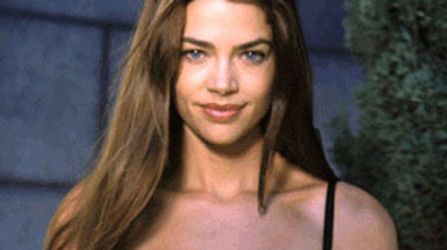 Denise Richards in