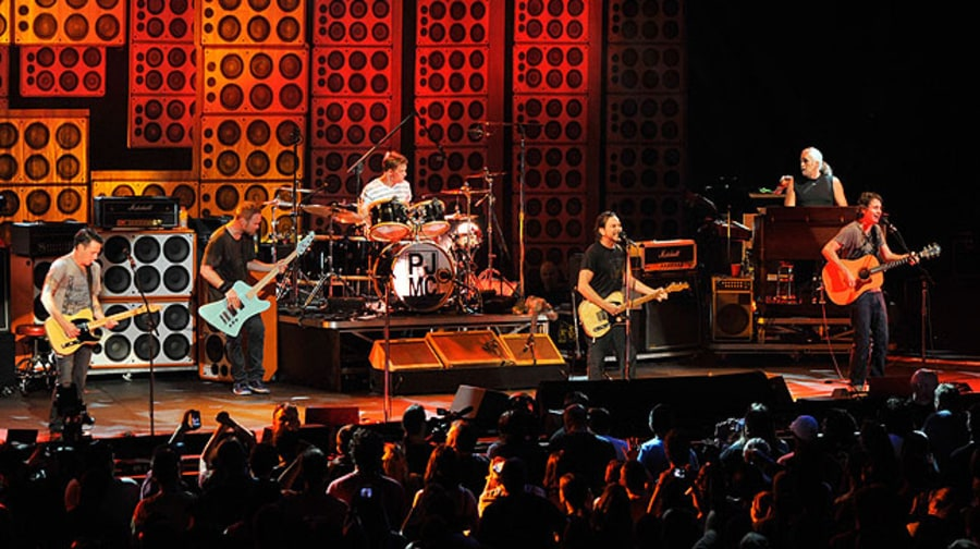 Photos: Pearl Jam Destination Weekend