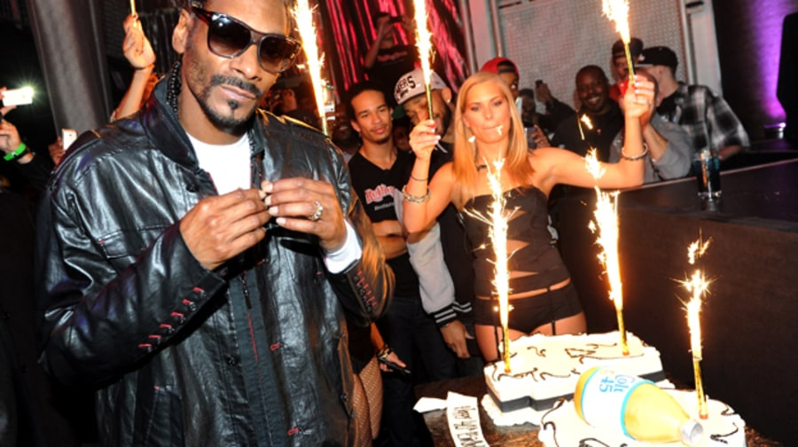 Happy 40th Birthday Snoop Dogg!