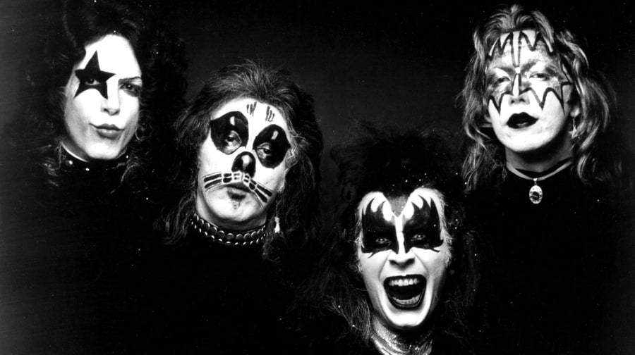 Indie Rock & Roll Over: The Alternative Nineties' Obsession With Kiss