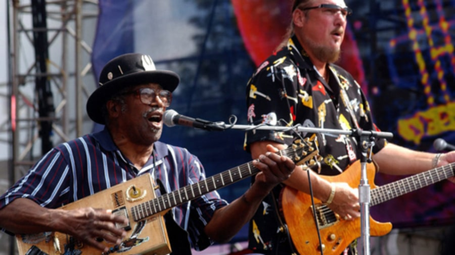 Bo Diddley: 2004 with cropper