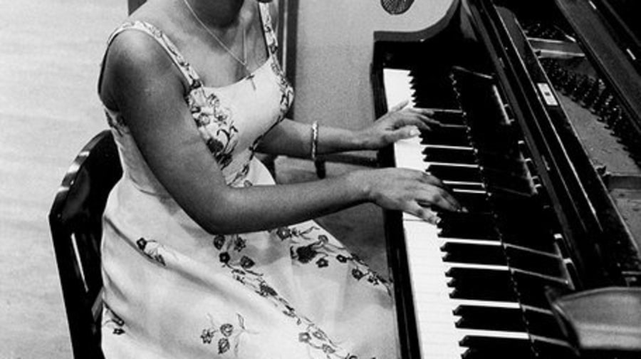 1066: Behind the Scenes: Aretha Franklin