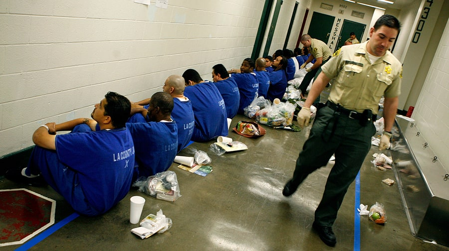 Imprisoning Drug Offenders Doesn't Impact Drug Use, New Study Says
